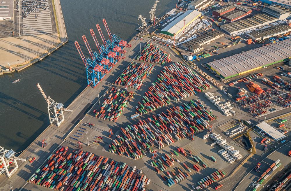 Luftbild Container Terminal Tollerort
